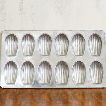 Vintage French Madeleine Cake Pan, Madeline, Pastry
