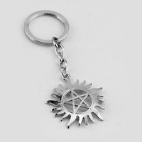 New Popular Movie Supernatural Dean Five-Pointed Star Gear Shape Silver Plated Keychain For Men