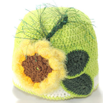 Green Sunflower Baby Hat / Hand Crochet Hat / hat for girl / Crochet Hat with flower / Baby Hat / Spring crocheted baby hat / gift under 40