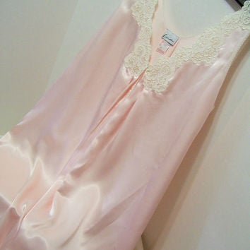 Blush Pink, Liquid Satin. Sexy Night Gown, Full and Flirty, Heavy Lace, Size Medium, By Linda, Bridal Honeymoon