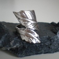 SIlver Leaf Ring by EridaneasBoutique on Etsy