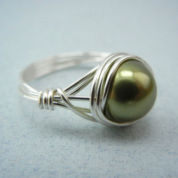 Silver Wire Ring - Swarovski Light Green Pearl - Custom Size Ring