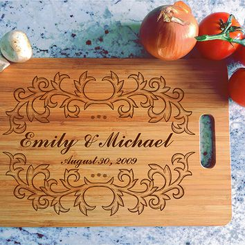 ikb479 Personalized Cutting Board Wood wedding gift anniversary date names wooden wedding