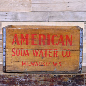 Vintage Wood Crate, American Soda Water Co Crate, Milwaukee Wisconsin