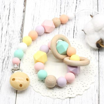 Baby Soother Clips, Silicone and Beech Wood Baby Pacifier Clips Chain, Wooden Holder Dummy Clip, Newborn Gift Chew Toy