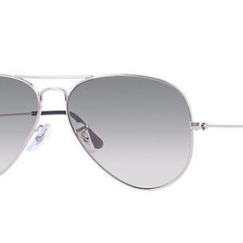 UCANUJ3V Ray Ban Aviator Sunglass Silver Grey Gradient RB 3025 003/32