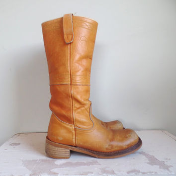 Vintage Campus Stitching Horse Boots // Womens Vtg Tall Leather Boots // USA Boots // Size 6 1/2  7