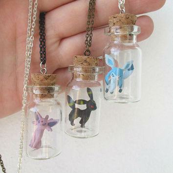 Pokémon Necklace - ESPEON, UMBREON & GLACEON- Toys in a Bottle - Gamer Gear