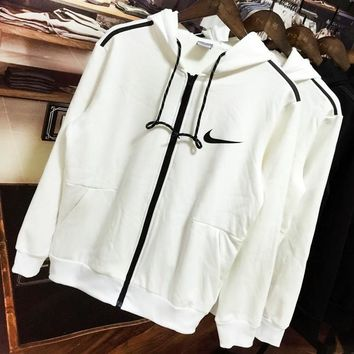 NIKE 2018 winter new plus velvet warm sports training sports jacket white