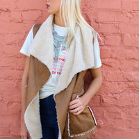 Rocky Revival Camel Micro Suede Vest With Faux Fur Lining