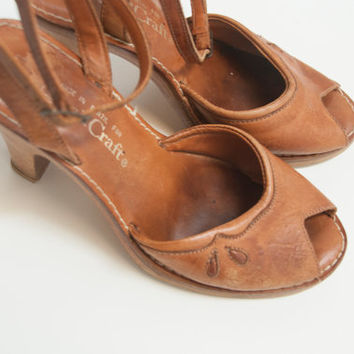 70s Peep Toe Leather Wooden Clogs 6.5 - 7 - 7.5 | Womens Wood Clogs | Hippie Boho Chic Pin Up Heels Leather Wood Heel Sandals