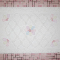 Vintage 1950s White Chenille Bath Mat Rug With Pastel Flowers