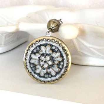 Something Blue Wedding Jewelry-Bridal Jewelry-Bridal Gift-Wedding Date-Vintage Locket-Flower Locket-Unique Necklace Jewelry-Bride Locket