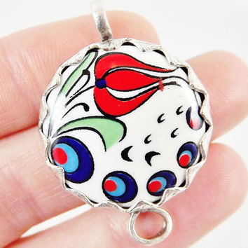 Hand painted Turkish Cini Red Tulip Ceramic Connector - Round No:2 - Matte silver plated 1pc
