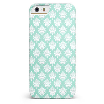 The Mint Green Decorative Pattern  iPhone 5/5s or SE INK-Fuzed Case