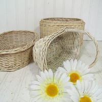 Vintage Oval Winter White Woven Wicker Basket Trio - Wedding Attendant Floral Arrangement Size - Shabby Cottage Style Decor Set of 3 Baskets