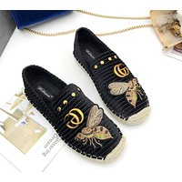 GUCCI new round head fashion casual bee single shoes female flat bottom comfortable fisherman shoes Black