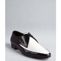 Saint Laurent black and white two tone laced oxfords | BLUEFLY up to 70 off designer brands
