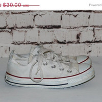 40% OFF 90s White Converse Chuck Taylor 6 Sneakers Grunge Punk Hipster Pastel Goth Festival shoes distressed Canvas American Americana red b