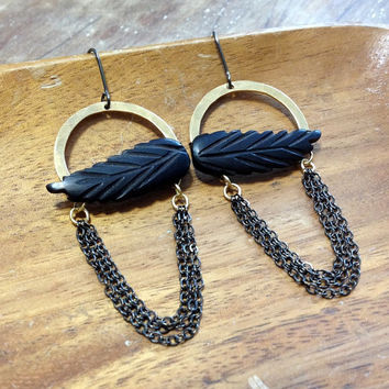 mixed metal feather earrings // hand forged earrings // black and gold // chain fringe earrings // boho chic earrings // native american