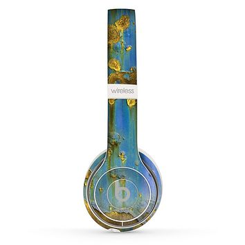 The Blue Metal with Gold Rust Skin Set for the Beats by Dre Solo 2 Wireless Headphones