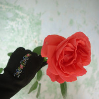 Elegant Embroidered Black Suede Gloves Made in Austria c 1940s