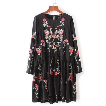 ♡ Floral Embroidered Vintage Black Dress ♡