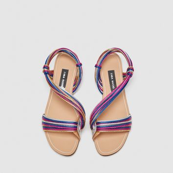 MULTICOLOURED STRAPS SANDALS DETAILS