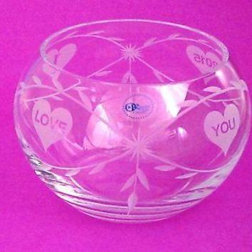Hand cut lead crystal bowl,  Can be customized ,glass, hearts