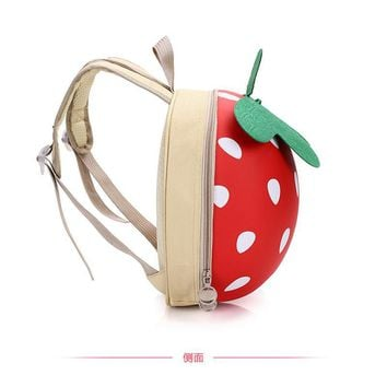 Children's backpack for the boy girls 1-5 ages school bag 3D Strawberry styling Cartoon mini bag borsa free drop shipping shop