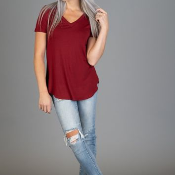 Must Have Basic V Neck Tee in BURGUNDY