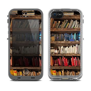 The Vintage Bookcase V1 Skin for the Apple iPhone 5c Fre LifeProof Case