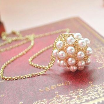 Shiny New Arrival Pearls Korean Gold Necklace = 4806946372