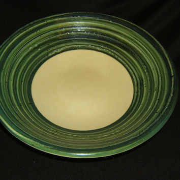 Pier 1 Bowl 14in x 14in x 4in Green/Cream Contemporary Earthenware -- Used
