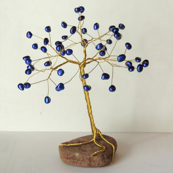 Blue Freshwater Pearls Wire tree,wire tree sculpture,wire tree of life,christmas tree,gem tree,beaded tree