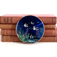 1950's Stratton signed compact / Flying ducks enamel design with brass finish / Powder compact.