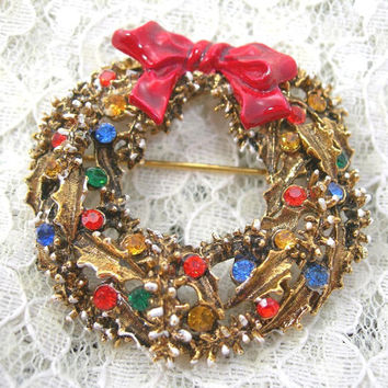 "ART Christmas Brooch, 2"" Goldtone Wreath with Rhinestones and Snow, Enameled Red Bow, Holiday Jewelry, Vintage Costume Jewelry"