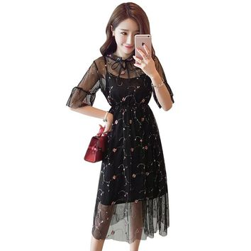 Dress+Lining Women Embroidery Mesh Dress Black White Apricot Elegant  Stereo Summer Empire Girls Lace Party Swing Dress A82