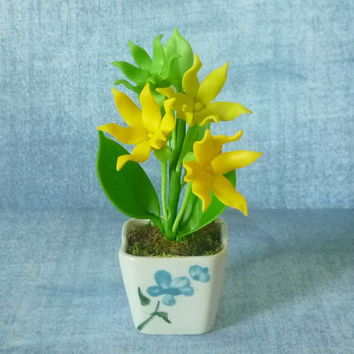 Cananga flower pot ylang ylang artificial clay flower 4 inch/Dollhouse miniture /Polymer clay flower pots/ Miniature flower