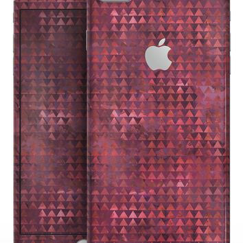 Red Textured Triangle Pattern - Skin-kit for the iPhone 8 or 8 Plus