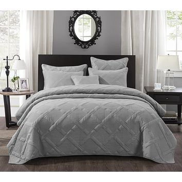 Tache Light Grey Silver Soothing Pastel Cotton Diamond Stitch Pattern Quilted Bedspread (JHW-862)
