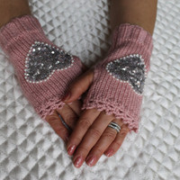 Knitted Fingerless Gloves,Pink,Hearth Embroidered,Accessories,Gloves&Mittens,Gift Ideas,Turkish handicrafts,For her,Clothing and Accessories