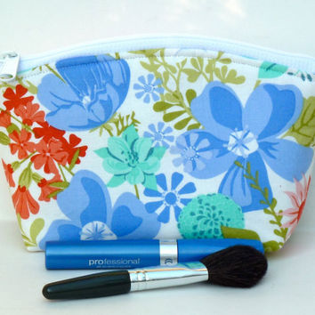 Floral Makeup Bag/Zippered Pouch Round Top Mothers Day