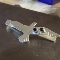seagull tie bar in sterling silver with onyx from fresh from the bench collection