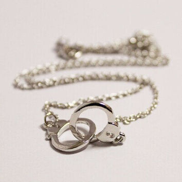 Gold Handcuffs necklace/ gold silver Color, Trending Accessories, Bridesmaids Jewelries, Graduation Friendship Birthday Gift