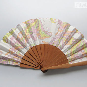 Spanish fan with case by Olele on Etsy