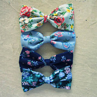 Floral Bow Lot #5 from Love What's Missing