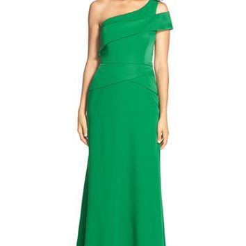 Women's BCBGMAXAZRIA One Shoulder Satin Gown,