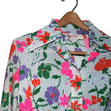 35% OFF SALE-- Vintage 1970s 70s Crop Top Dearborn Belly Shirt Disco Collar Metalic Silver Floral Print Medium/Large