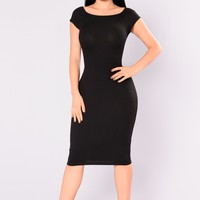 Sable Ribbed Dress - Black